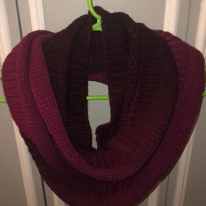 CALIA by Carrie two toned infinity scarf